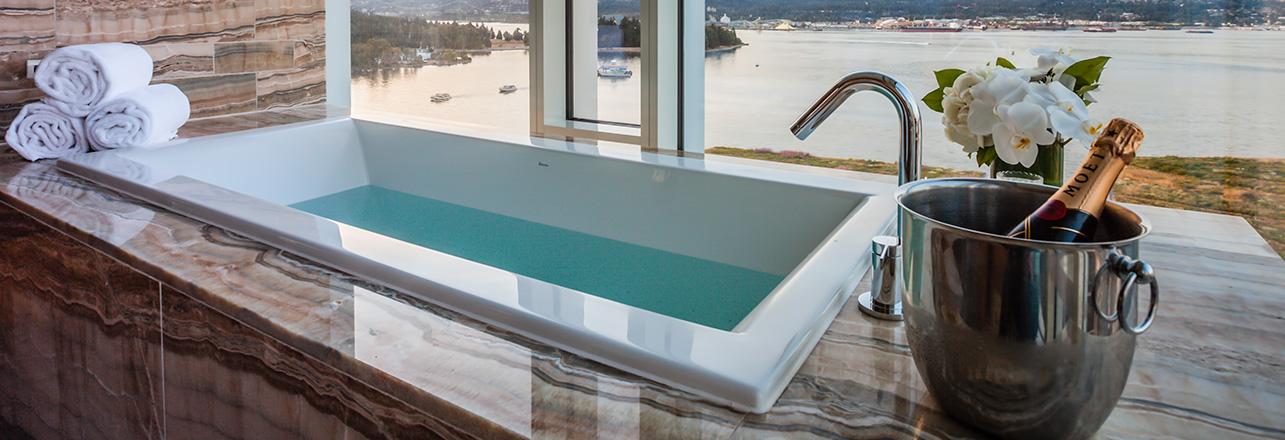 Hotel Photography of a luxury bathtub.