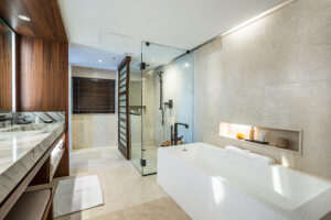 Hotel and Resort Architecture Photography. Suite Bathroom.