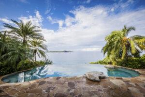 Luxury Travel Influencer, Luxury Traveler, Luxury Hotel, Luxury Resort